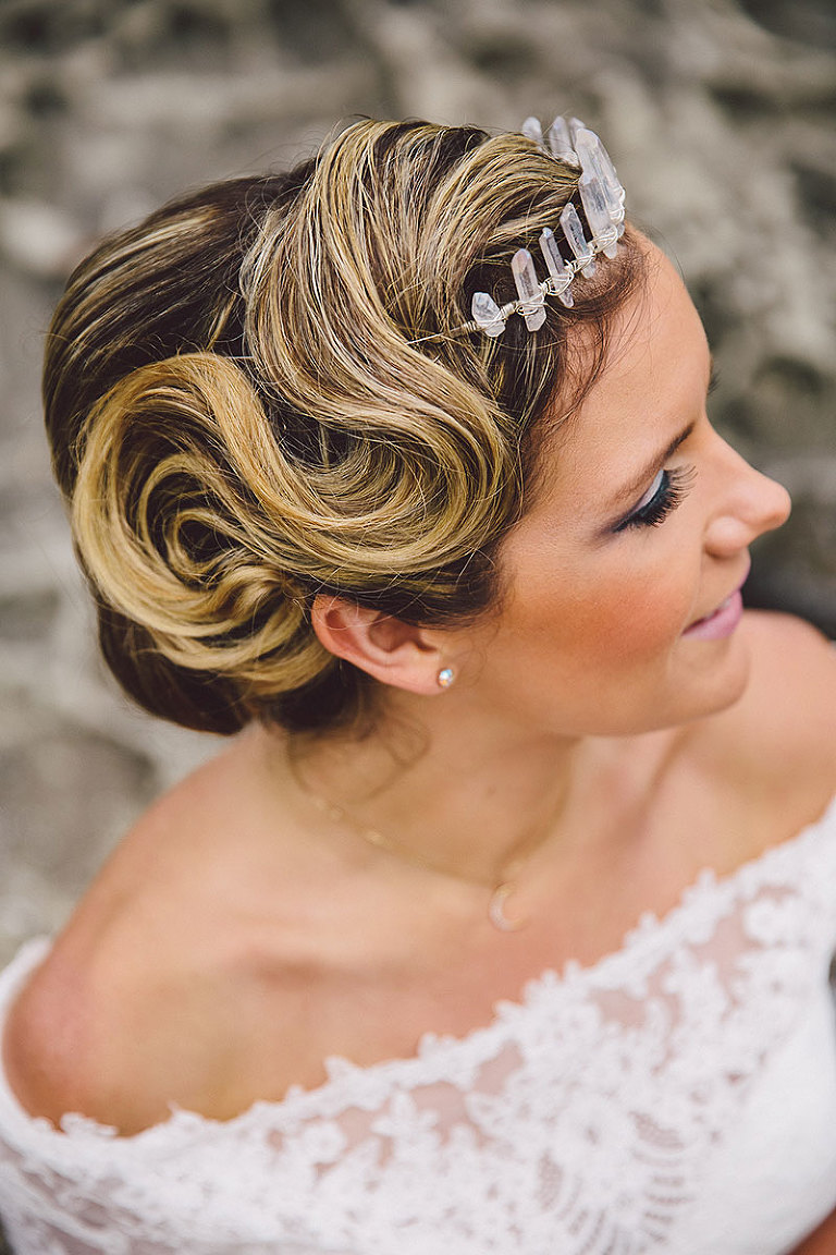 Wedding hairstyle design for an avant-garde bride by Party Mood.