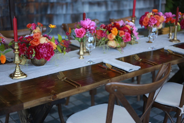 A wedding tablescape featuring colorful wedding decor rentals style by Victoria BC wedding decor rental company Party Mood